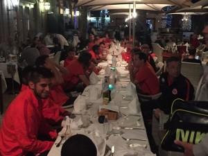 Im Anschluss an das Spiel liess die Mannschaft den Abend im Casa Mia (Le Meridien) ausklingen.
